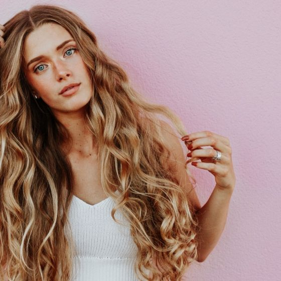 curly hair styling tips